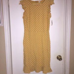Polka dot ruffled sleeve Old Navy dress